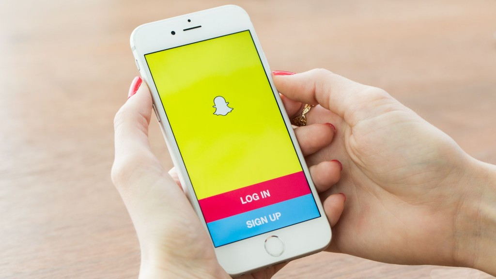 snapchat-ceo-hates-microsoft-no-official-app-coming-to-windows-phone-dev-says-498610-2
