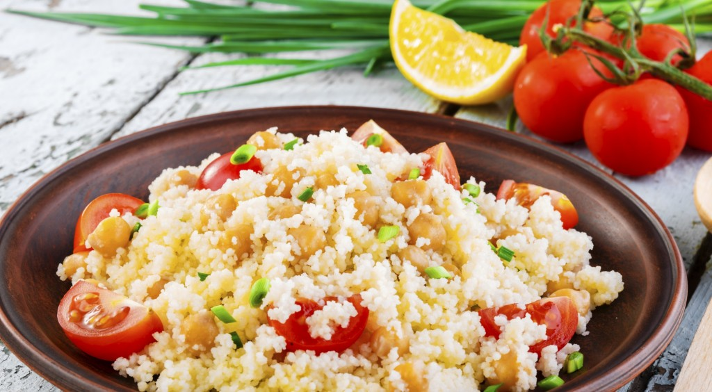 couscous with chickpeas and cherry tomatoes